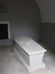 1: George Washington's tomb