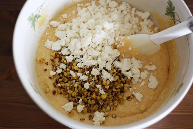 mexican elote skillet cornbread