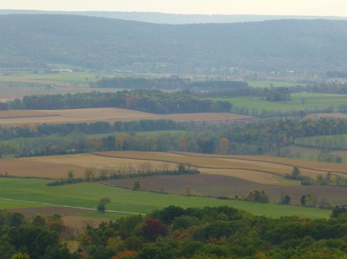 green pennsylvania fields farms centrecounty centrehall mountnittany pleasantgap