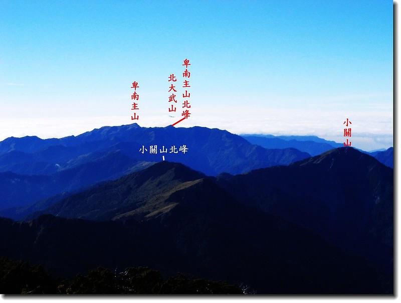 關山山頂向南展望 3