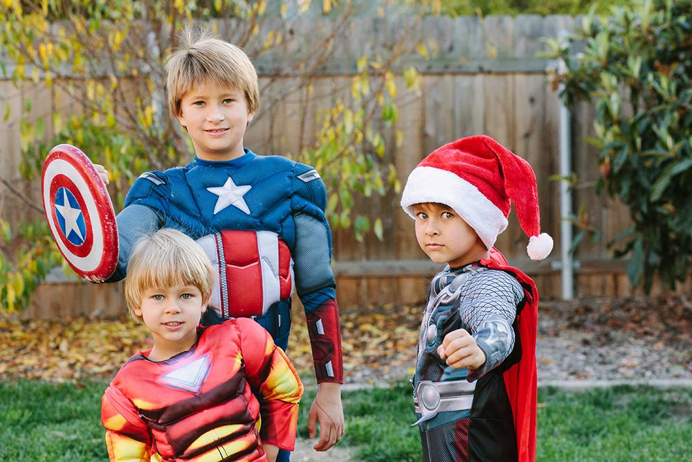 superheroes_4web