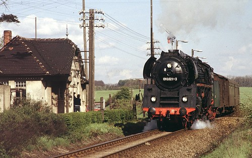 89.18.01 (87.28), Traun, 2 mei 1981