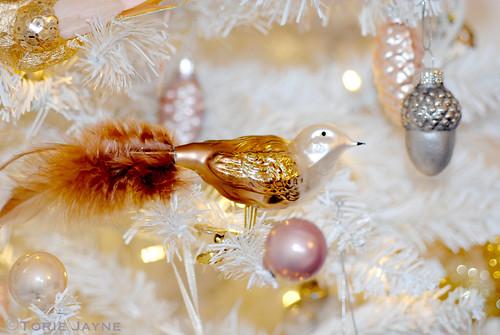 Christmas tree bird