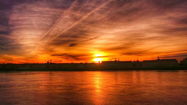 Bordeaux, au ciel de feux - 23 décembre 2013