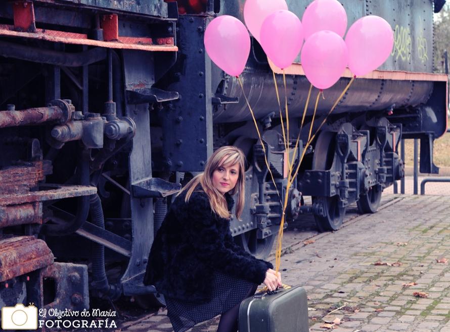 Retrarto de Laura, cumpleaños. Tren
