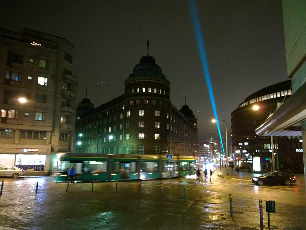 Lux Helsinki valaisi lumettoman kaupungin