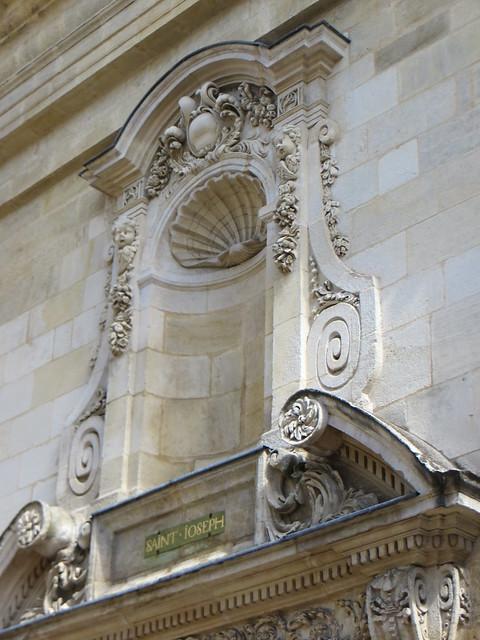 Ancienne chapelle de la maison des dames de saint joseph for Ancienne maison des gardes lourmarin france