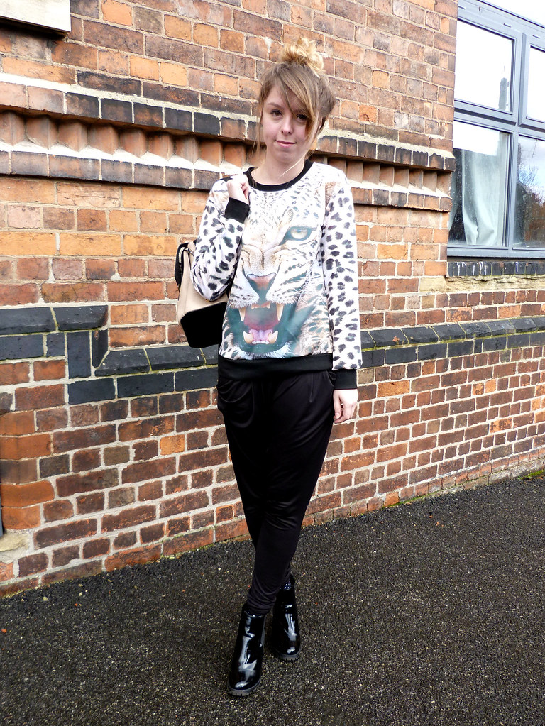 Leopard print jumper, patent platform boots and Next leather rucksack | fashion blogger outfit post