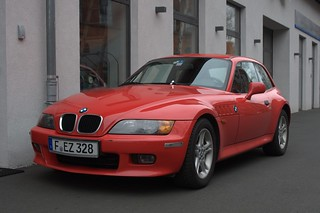 red BMW Z3 Coupe 2.8