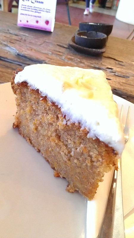 Carrot cake from Cafe vespa, bali