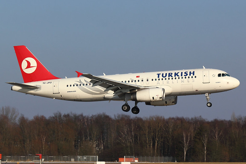 Turkish Airlines - A320 - TC-JPO (2)