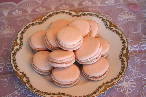 Fancy Nancy Birthday Party: Macarons