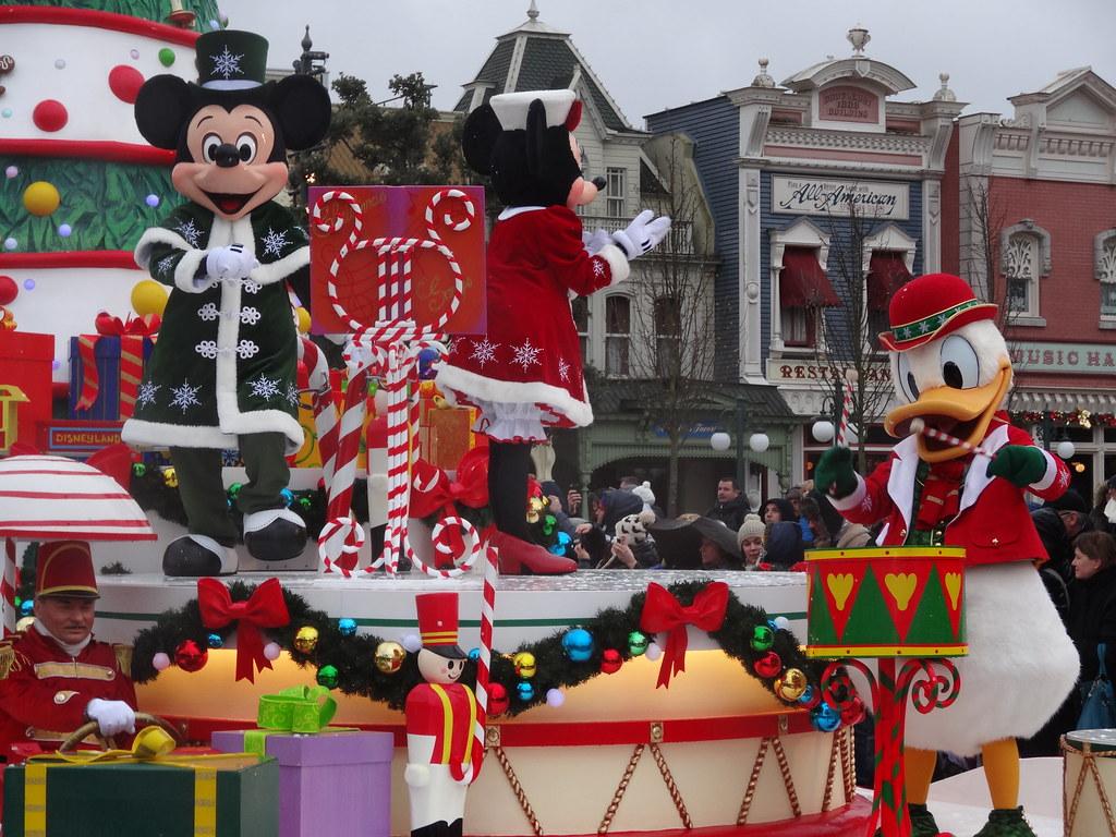 Un séjour pour la Noël à Disneyland et au Royaume d'Arendelle.... - Page 6 13899637945_6973a4fd2d_b