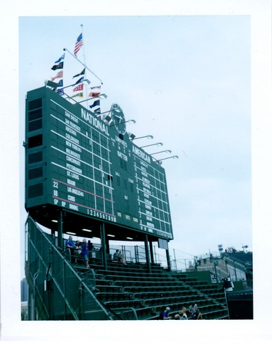 6-22 wrigley field- historic scoreboard - wind blowing out.