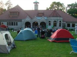 campout_at_pequot_library