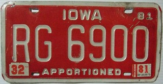 IOWA 1981 ---APPORTIONED TRUCK LICENSE PLATE