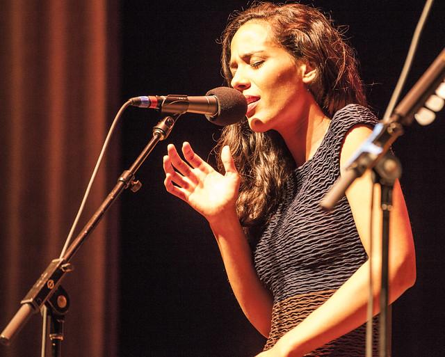 Header of Amanda Sudano