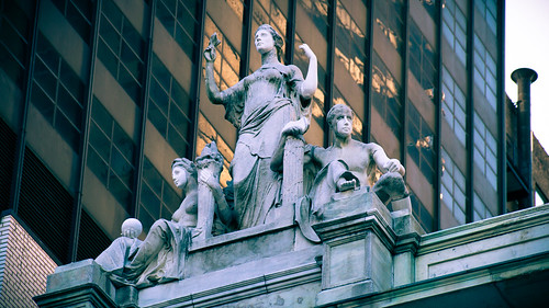 Sculpture atop New York State Supreme Court, Appellate Division, Madison Square Park