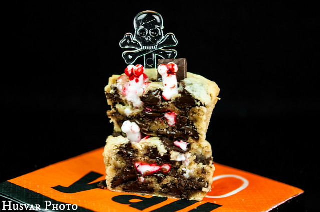 graveyard cookie cupcakes recipe in_the_know_mom