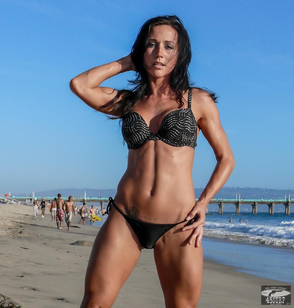 Hot tan fit girl