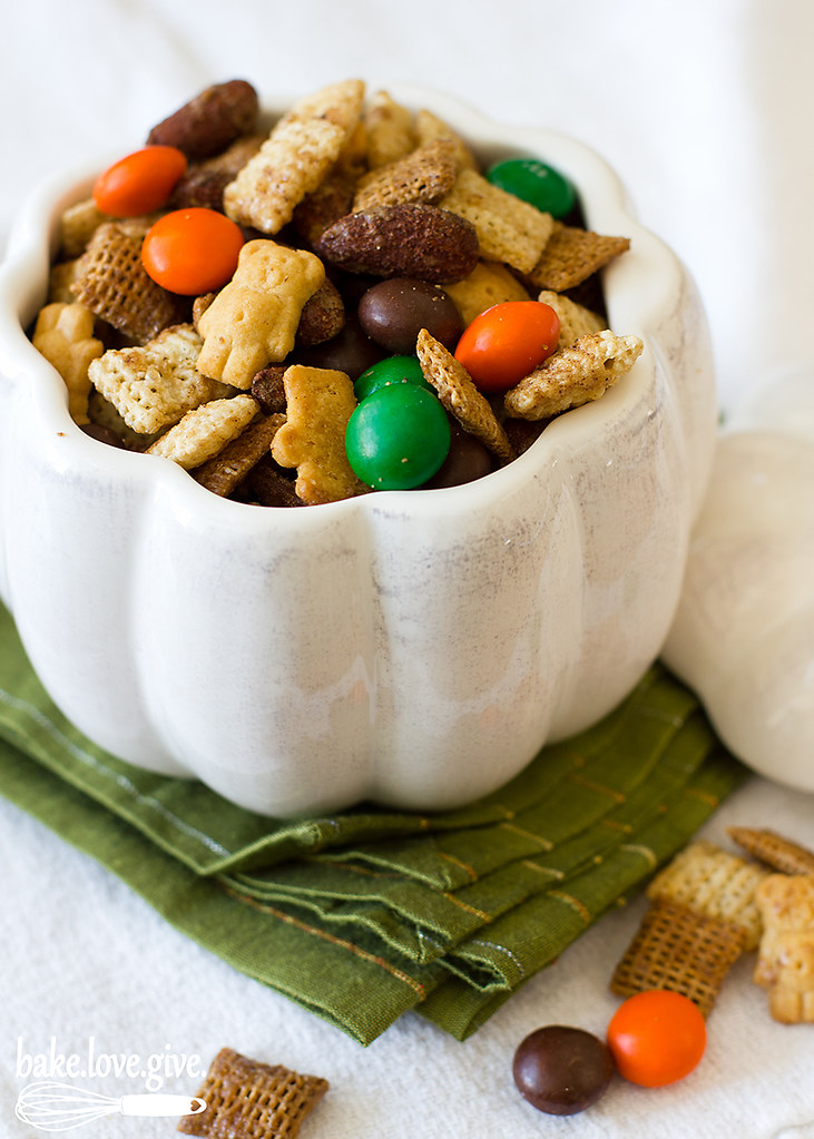 Pumpkin Spice Chex Mix recipe perfect for fall snacking