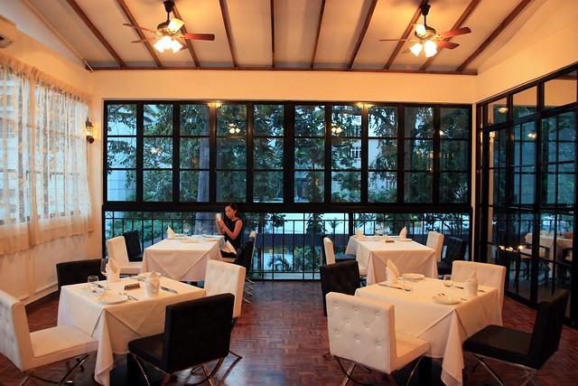 Kl 39 s romantic restaurant maison francaise jalan for Maison kuala lumpur