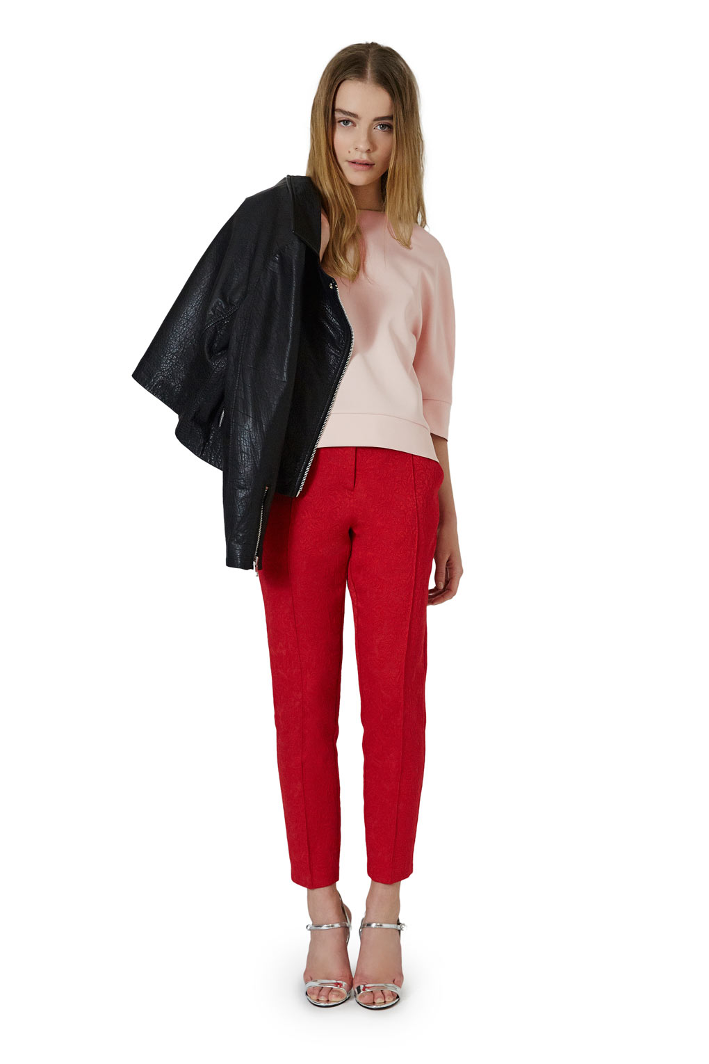 BUNDLE_REDTROUSER_LOOK3_large