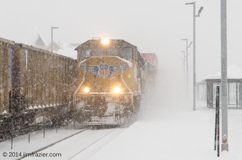 Union Pacific 3865 Westbound in Geneva, Illinois