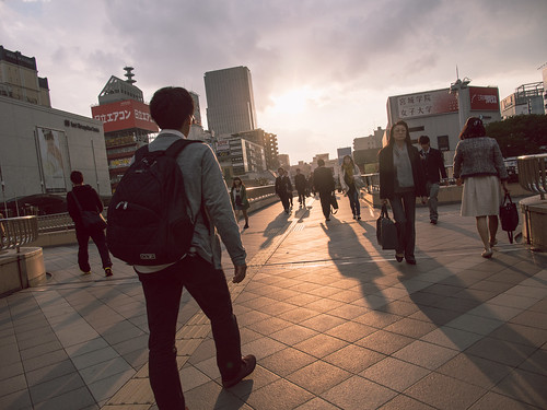 street people japan backlight lumix alley olympus 日本 sendai backlighting omd 逆光 仙台 宮城 em5 miyagiprefecture 街頭巷尾 panasonic1235f28
