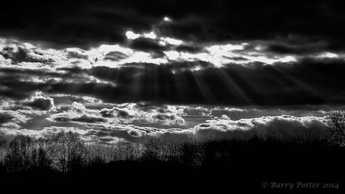 landscape blackwhite nikon barrypotter valeofyork yabbadabbadoo eastridingofyorkshire yorkshirewolds nikond90 barrypotternet nikkor28mm300mm3556ed edenmedia barrypotteredenmedia