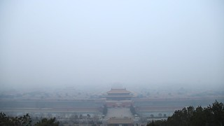 Forbidden city - Cité Interdite wrapped in smog
