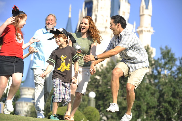 disneyinstitute-Beyond Repeat Customers: Building Brand Attachment