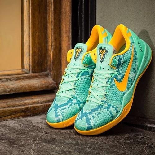 """09996dd5d531 ... Nike Kobe 8 System """"Green Glow"""" (at Kozani)"""