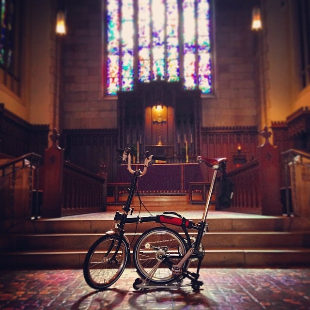 The Brommie, like any good English gentleman, thoroughly enjoys the evening office.  #bcp #eveningprayer #bikejax #brompton #bromptonlife #bromptonmafia
