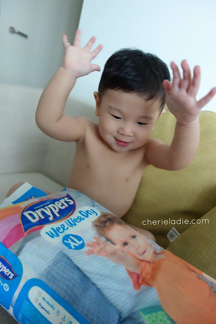 Happy baby with Drypers!