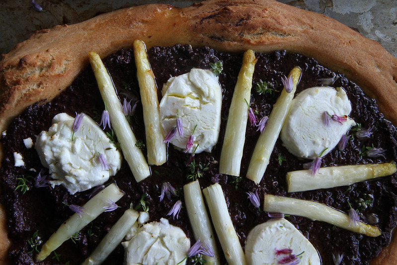 Olive Tapenade, White Asparagus and Goat Cheese Pizza