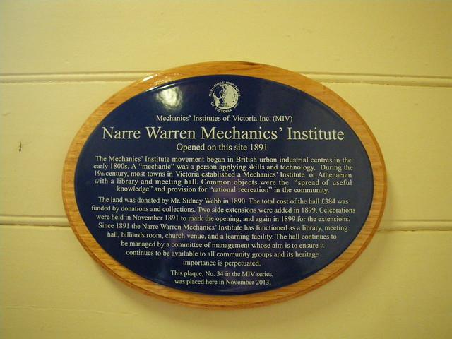 Photo of Narre Warren Mechanics' Institute blue plaque