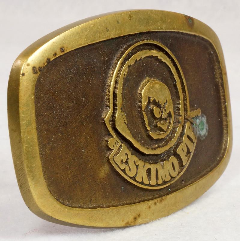 RD15316 Vintage Eskimo Pie Brand Brass Belt Buckle Advertising DSC09227