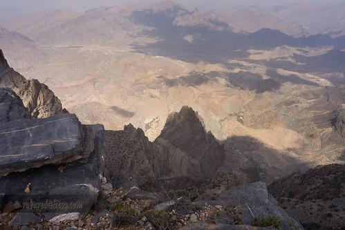 mountain landscape hiking oman jebelshams addakhiliyah