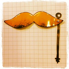 Moustache pendant with moving handle. #instajewelrygroup