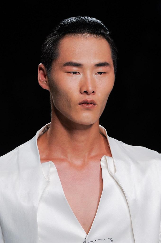 SS14 Milan Ji Wenbo099_Li Zhen(fashionising.com)