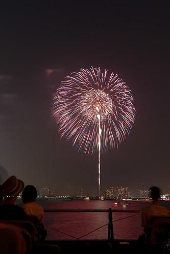 「昇小花 芯入ステンドグラス」 by 今野正義 東京湾大華火 2013 Tokyo Bay Grand Fireworks