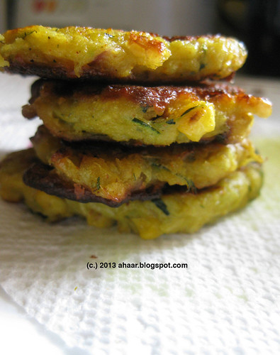 Zucchini & corn fritters