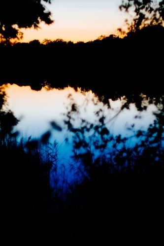 sunset summer lake reflection silhouette sverige f12 57mm 2013 skånelän xpro1 konicahexanonar kiponadapter vscofilm04 ffujivelvia50hc