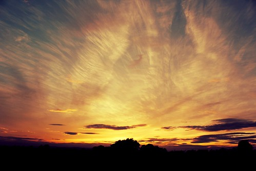 above sunset sky sun color skyline clouds skyscape colorful day sundown sunny cotswolds end colourful skys ending cotswold colecting