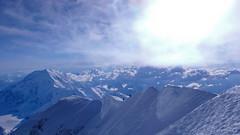 Widok ze szczytu Denali (6149m) na południe i grań szczytowa.
