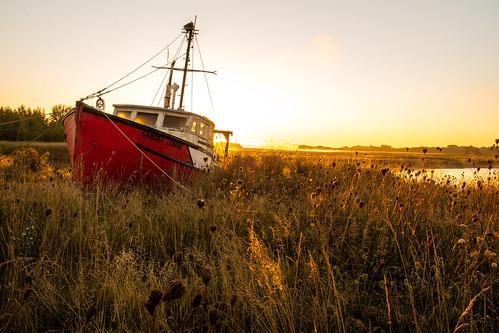 sunrise boat novascotia fishingboat canning fujixe1