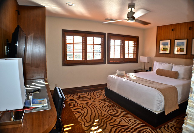 Cypress Gardens Villas and Golf Resort, Orlando Florida -master bedroom