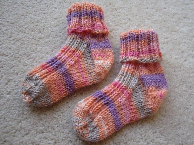Baby socks for Evie (1)