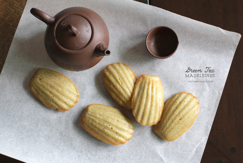 My not-so-green Green Tea Madeleines and my blogger blues
